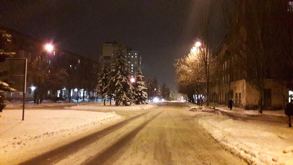 Теперь совсем не страшно гулять по вечерним улицам Карачунов