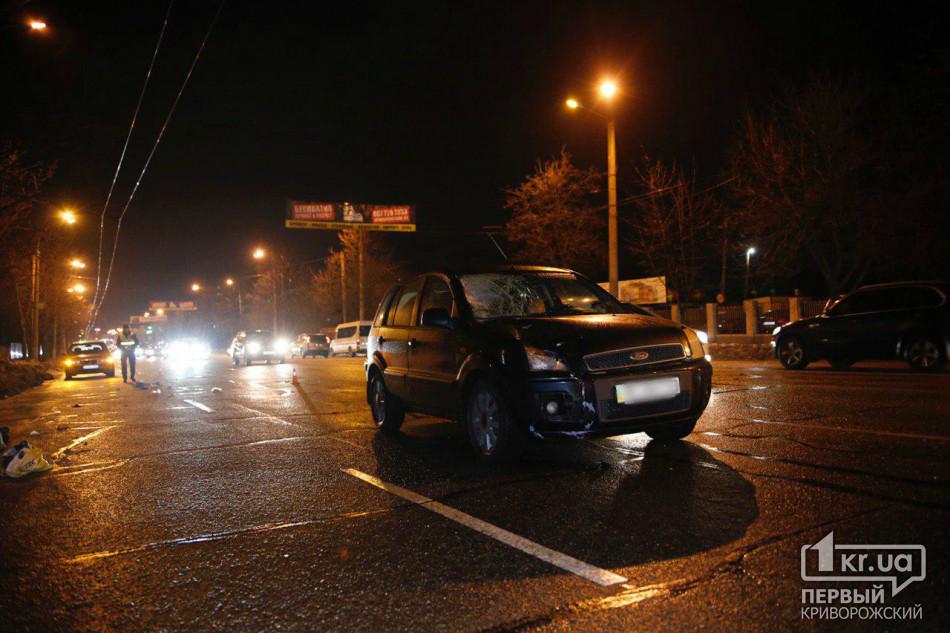 Водитель автомобиля «Ford Fusion» сбил пенсионера, который переходил дорогу в неположенном месте
