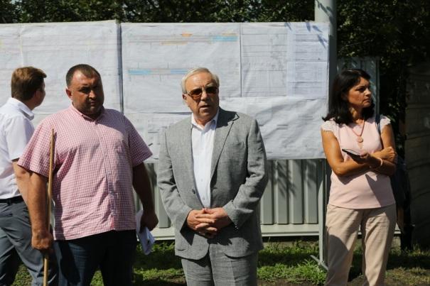 Юрий Вилкул во время провел выездного рабочего совещания на проспекте 200-летия Кривого Рога