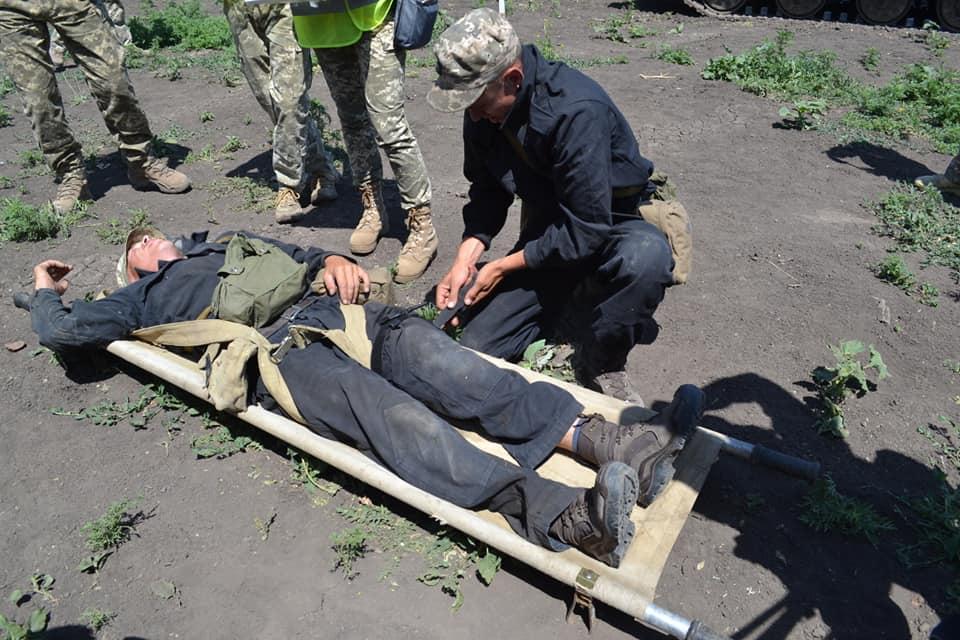 Эвакуация раненого
