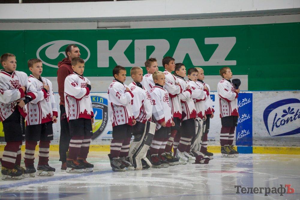 Харьковчане стали лучшими на хоккейном турнире в Кременчуге